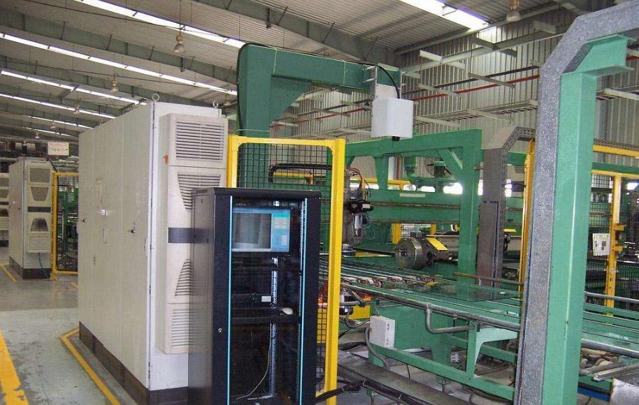 研强科技工业平板电脑在玻璃生产检测MES系统中的应用