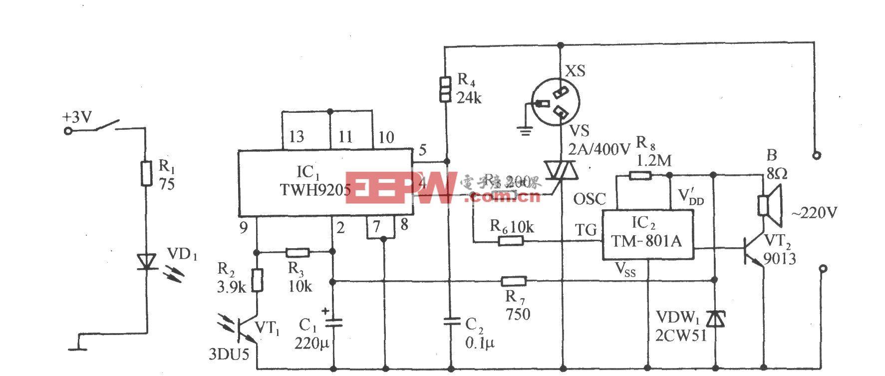 用TWH9205的光电耦合型过零控制插座电路