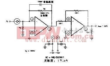 精确度达到1%的电源电压变换器电路