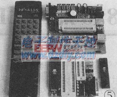 用增强型51实验板实现红外线遥控Infrared signal receiver
