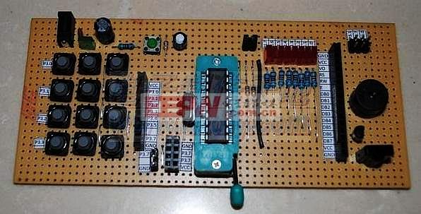 自制的89C2051单片机学习板AT89C2051 Evaluation Board