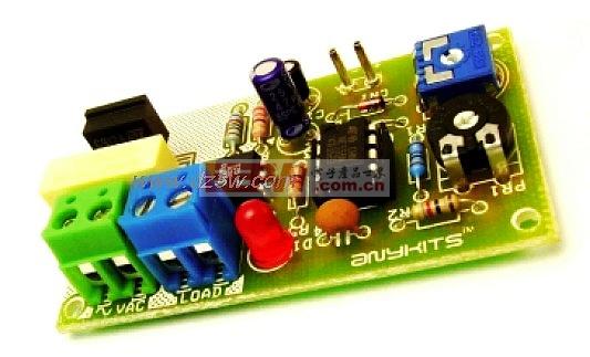 200w/200W功率的灯闪光电路,200WLampFlasher