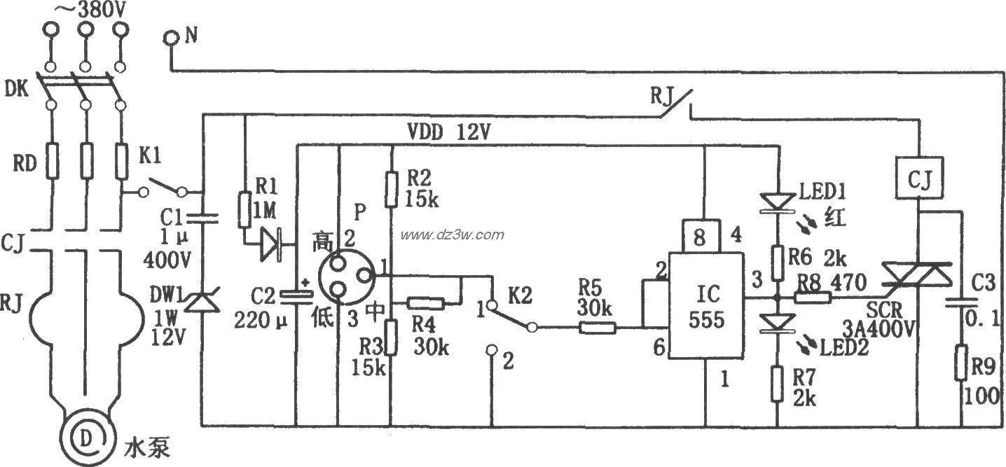 555构成的无塔增压供水装置液位控制电路