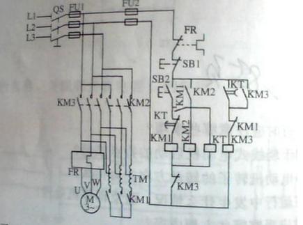 >自耦星三角降压启动电路图详解  串接按扭sb2和接触器km2自锁触头