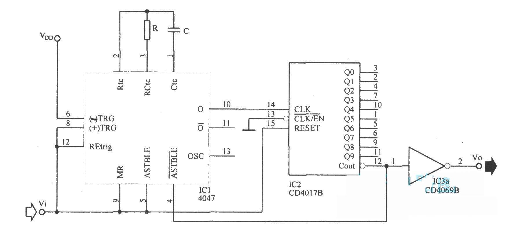 下图为消除脉冲抖动电路