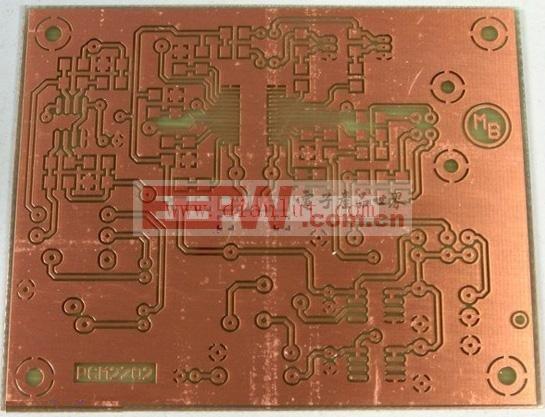 设计 电路图/制成的USB声卡电路图电路板